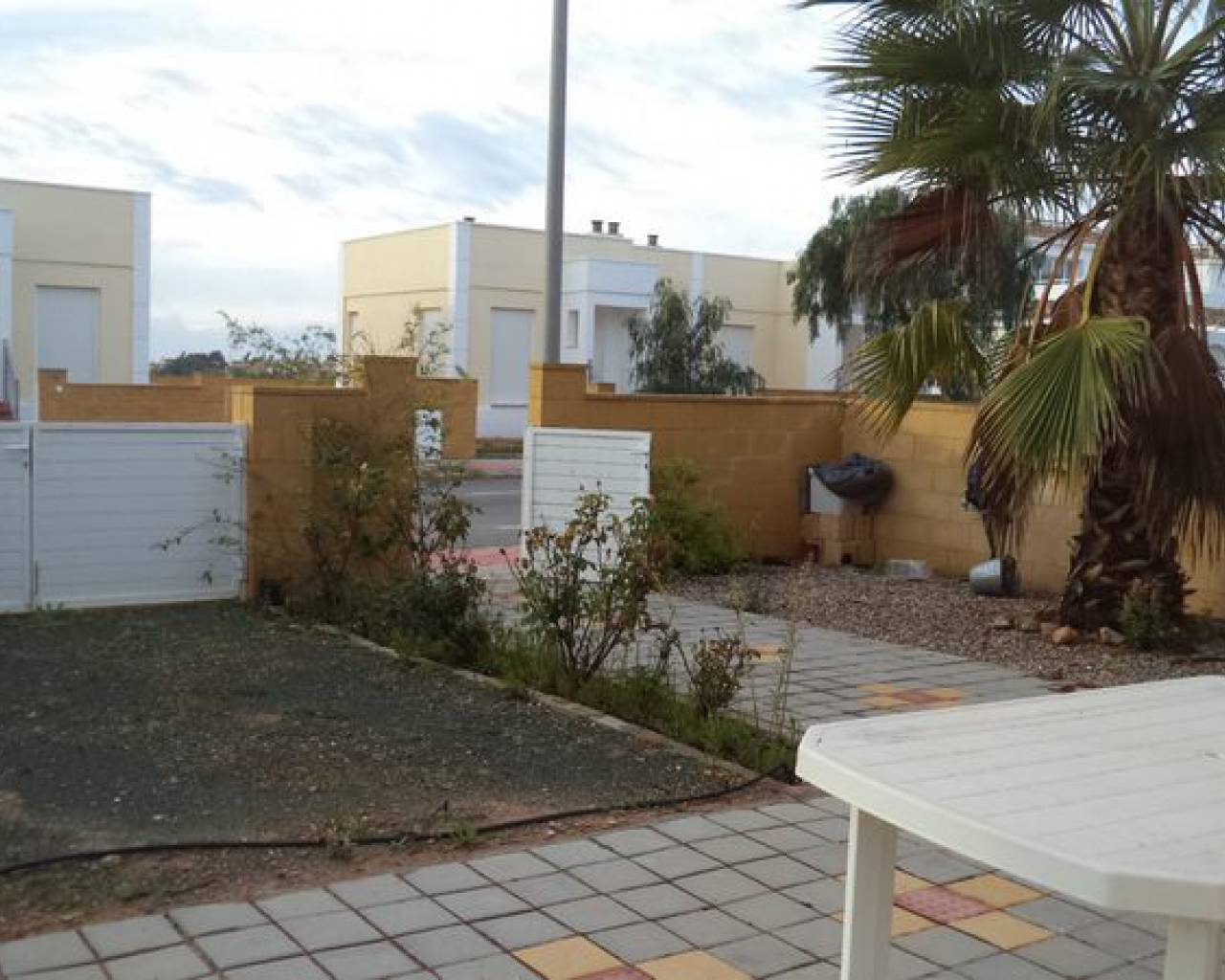 Resale - Townhouse  - Sucina