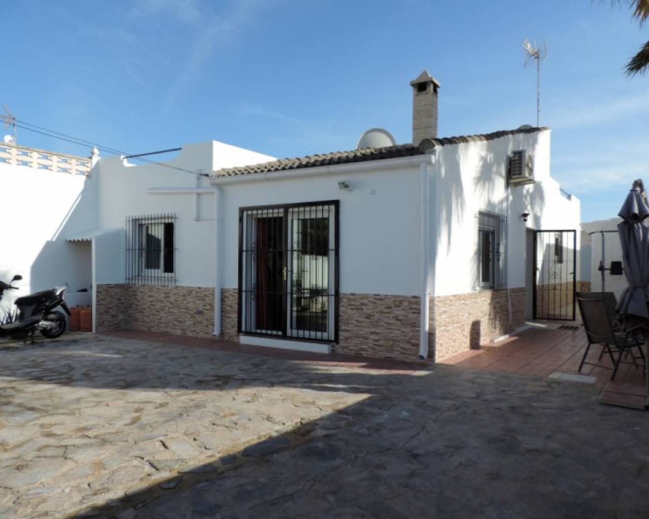 Resale - Semi Detached Villa - Orihuela Costa - La Zenia
