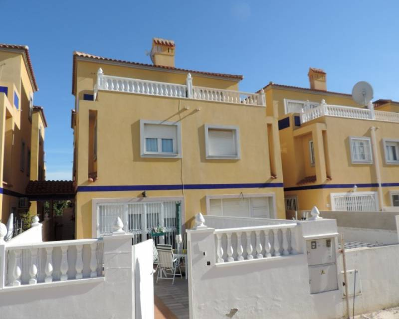 Semi Detached Villa - Resale - Orihuela Costa - La Zenia
